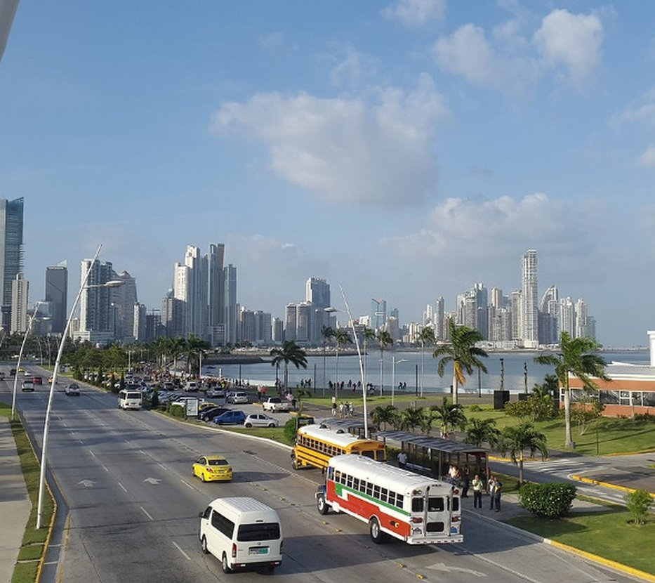 Excellent locationideal for business or holidays hotel faranda express soloy & casino panama city